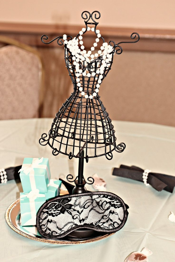 Breakfast at Tiffany's Centerpieces | Centerpiece version 2 Breakfast at Tiffany's.