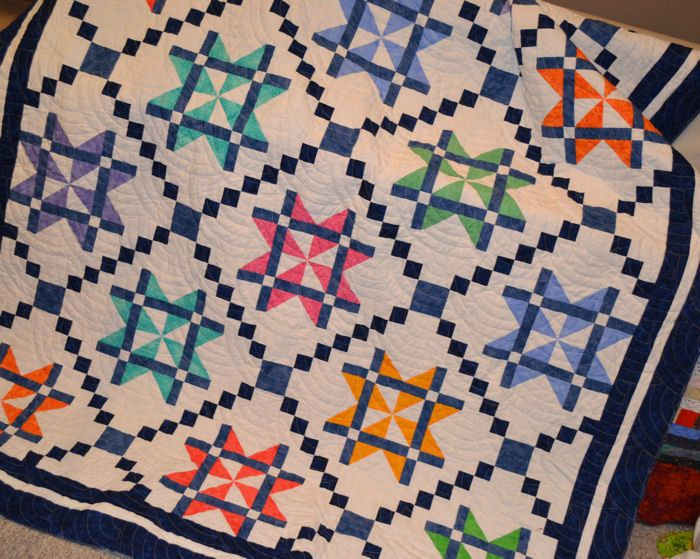Instructions for 15 beautiful quilts including this one - all for free
