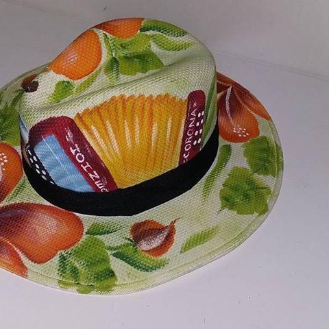 sombrero pintado a mano - Buscar con Google