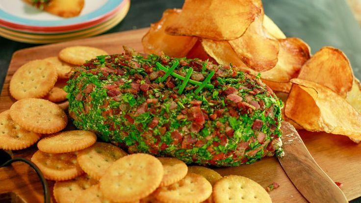 Bacon, Cheddar and Ranch Cheeseball Recipe