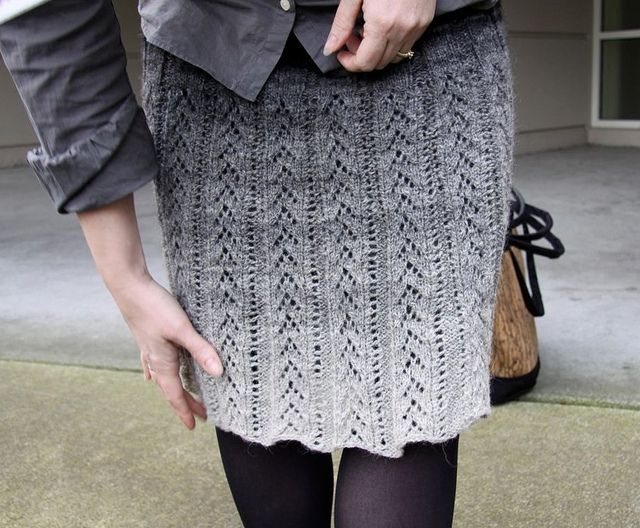 Ravelry: YarnHarlot's Kauni Skirt