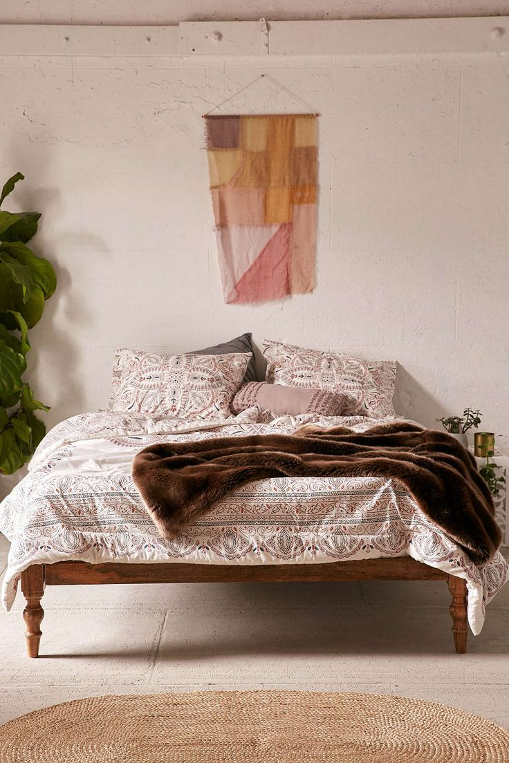 Teen vogue bedding watercolor garden - Halina Folk Floral Comforter
