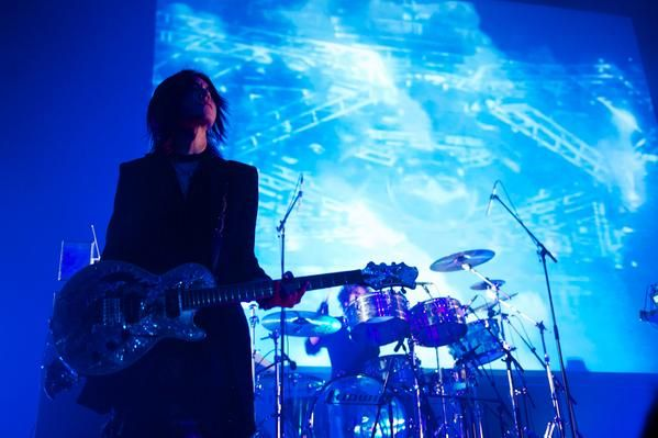 SUGIZO. I do can feel the grace, and I love it.