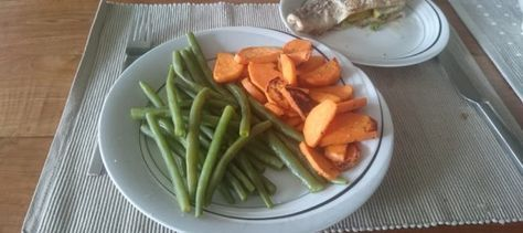 Recept: forel uit de oven met zoete aardappelen en een botersausje