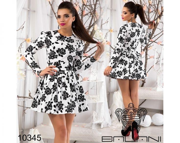 Очаровательное платье с пышной фатиновой юбкой  белый /принт черные розы