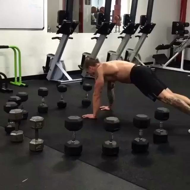👊 Double tap and follow us 🔥  @FightsBand ◀️ FOLLOW ▶️ @FightsBand  Tag your friends | Отметь своих друзей  #boxingband #boxing #knockout #sport #ko #motivation #ufc #workout #training #mma #kickboxing #champion #muaythai #jiujitsu #fit #crossfit #fitness #нокаут #karate #abs #athlete #мотивация #bodybuilding #fight #boy #gym #спорт #бокс #фитнес #power