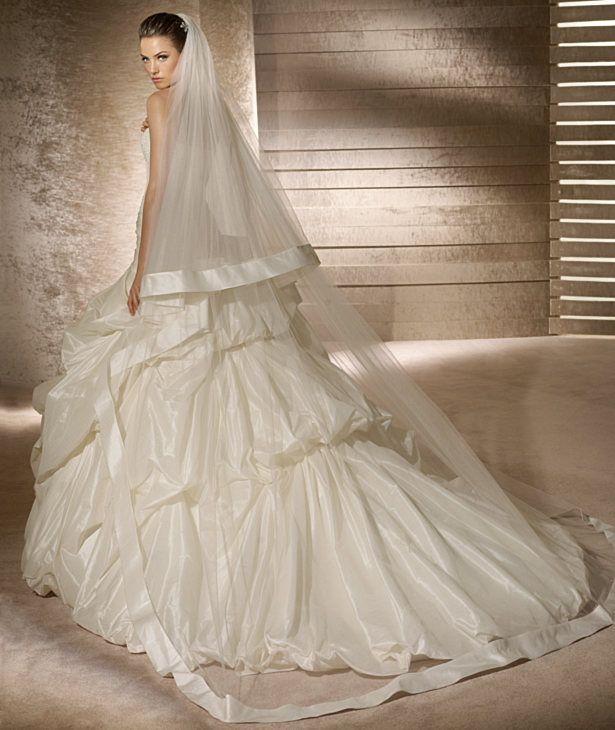 Buy 2012 strapless applique beading taffeta ruffled wedding dress bridal gown-HuLu