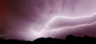 """Dans le """"viseur"""" : l'info sur tous les """"fronts"""" !: Alerte orange : orages et pluies et inondations !"""