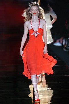 red and black air jordan 9 Julien Macdonald Spring Summer 2005 Ready To Wear