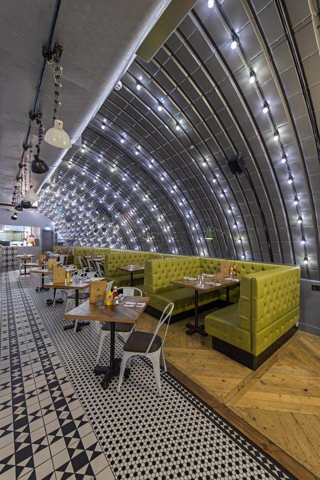 Chicago Rib Shack, Twickenham, London by 44th Hill, 2014