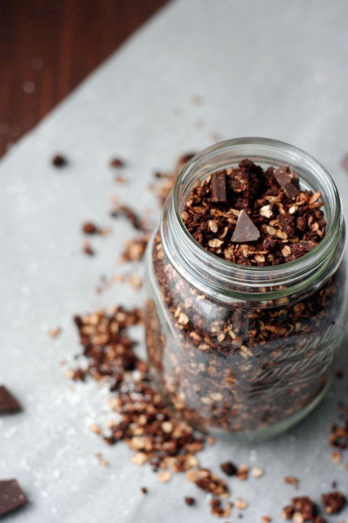 Schoko-Knuspermüsli mit Kokosflocken - schnell, einfach und köstlich - Kochkarussell.com