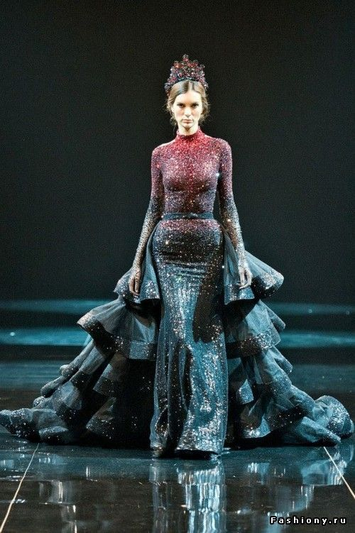 The Look: Michael Cinco Haute Couture Fall/Winter 2013-2014 #raven queen