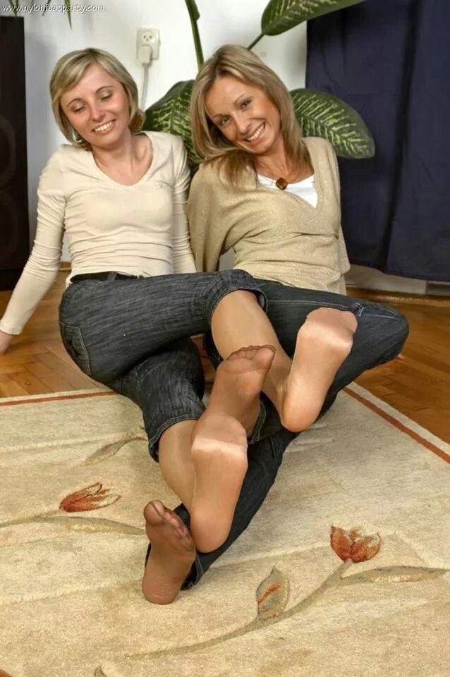 Alicia tease barefoot - 1 2
