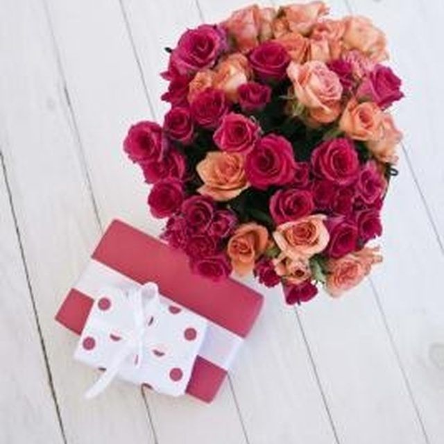 Send A Virtual Flower Bouquet To Anyone On Your Facebook Friends List