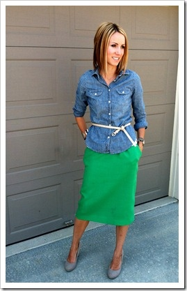 427908126 chambray shirt, kelly green skirt, nude shoes.. love it but I don't like  that the belt does not match the shoes! | Style | Green skirt outfits, Green  pencil ...