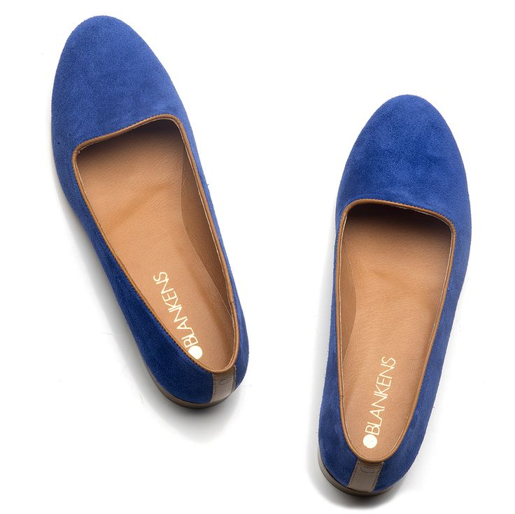 The Isabeller in royal blue s suede