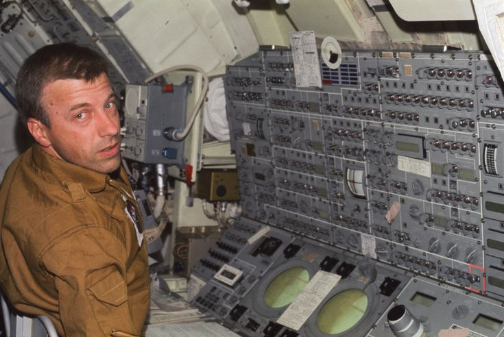 Remembering Astronaut Paul Weitz Follow @GalaxyCase if you love Image of the day by NASA #imageoftheday