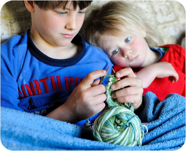 Teaching children how to knit: Letters to Larkspur { beautiful post!}