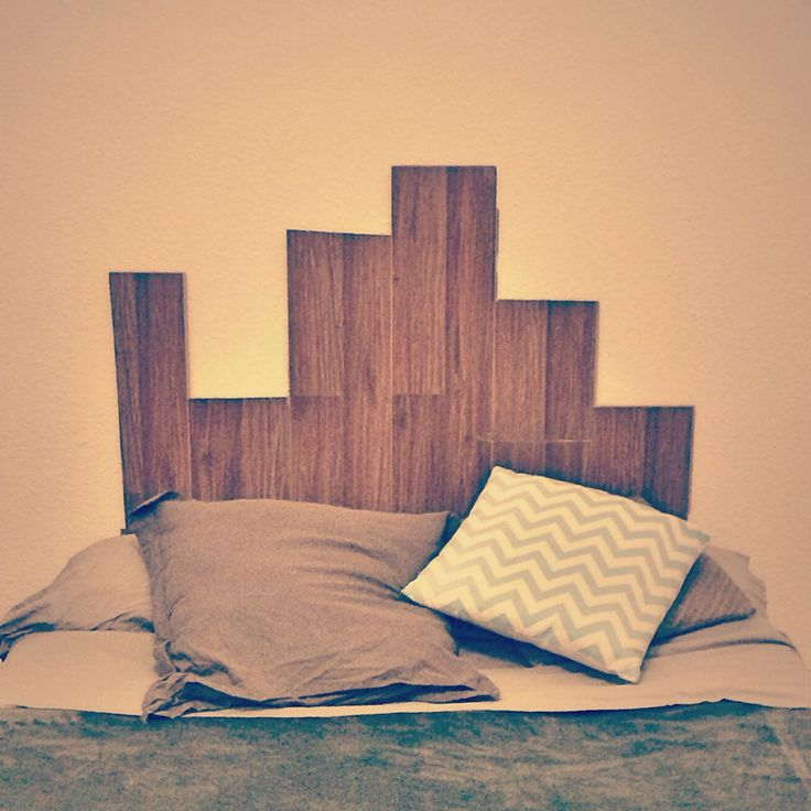 Do It Yourself - headboard with parquet