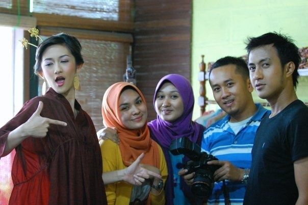 Dian pelangi photo shoot ...