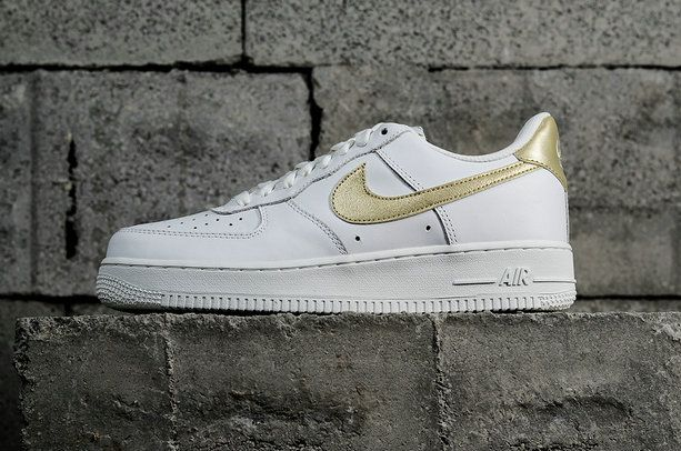 official photos 9ad36 b1558 Nike Air Force 1 White Gold 314219-127