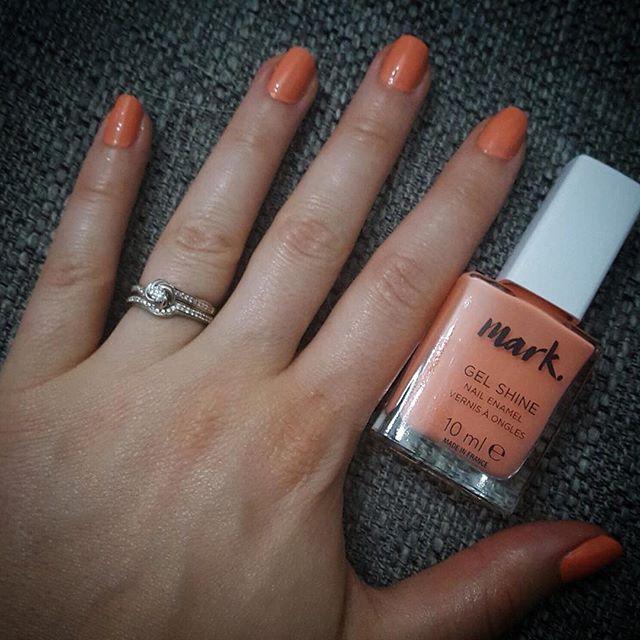 I M In Love With This New Mark Gel Shine Nail Enamel Summer Fling Avon Beauty Cosmetics Shine Nails Nails Nail Polish