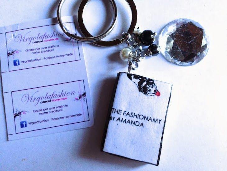 #swallows #roses #jewels #bijoux #fashion #keychain #pink #romantic #cool #fashionblog #fashionblogger  #jewelry virgola fashion bijoux romantici pastello fatti a mano homemade, collane anelli, orecchini rondini e rose, amanda marzolini thefashionamyblo...