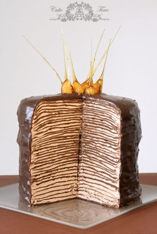 chocolate and meringue layer cake (the picture is of some other recipe