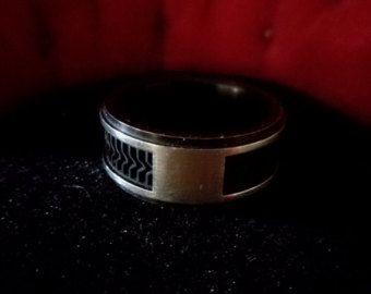 En venta tamaño 9 anillo de alambre de cobre por whitecloverstudios