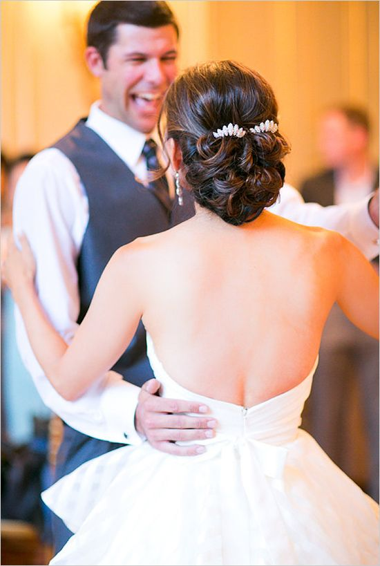 I LOVE this wedding hair. Would look perfect with a birdcage veil.