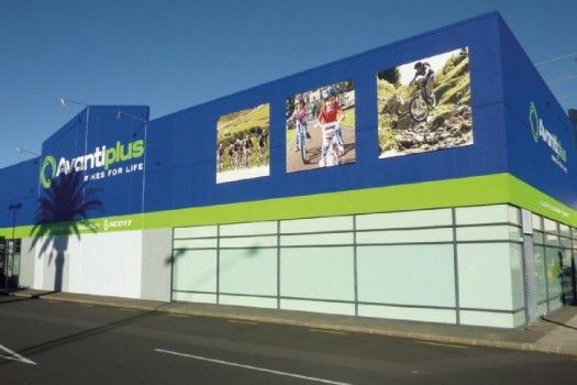 AvantiPlus Manukau - When AvantiPlus Manukau opened their store they were the first store to adopt the brands new exterior signage.