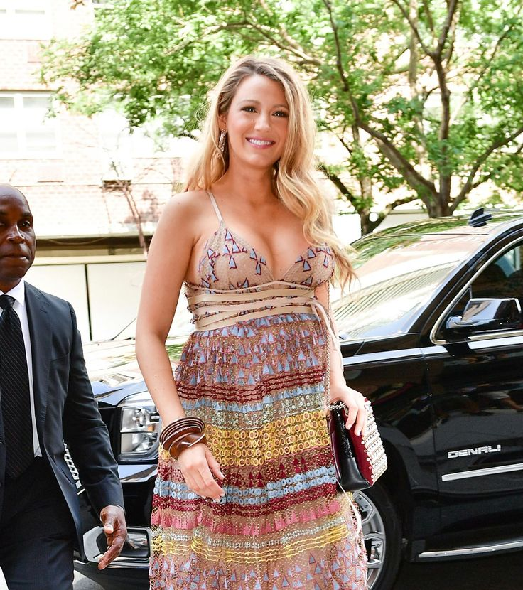 Blake Lively's Boobs Look Bigger Than Her Bump in This Dress