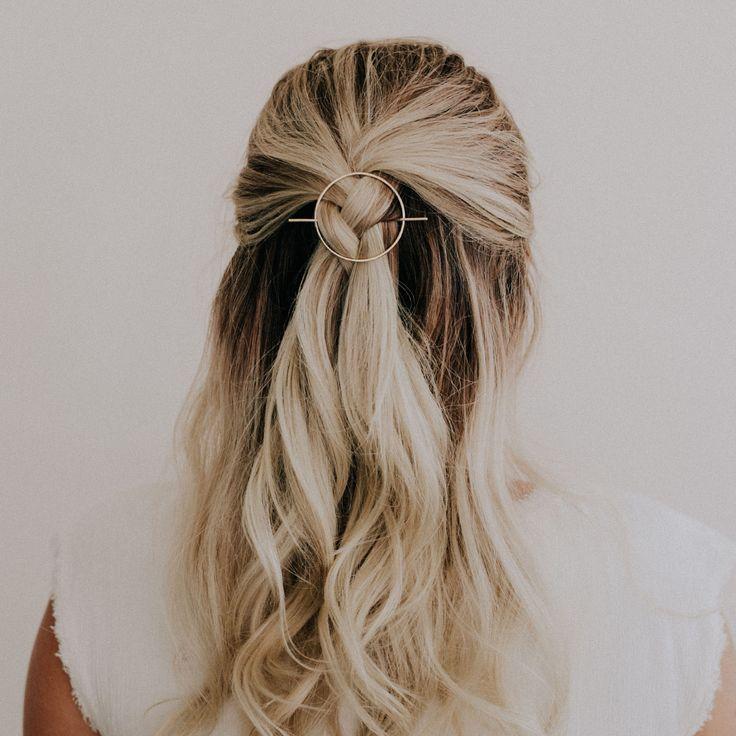 Curly Hairstyles For Long Hair Curly Hair Up Ideas Curly Hair Styles Long Easy Hairstyles For Long Hair Thick Hair Styles Long Hair Styles