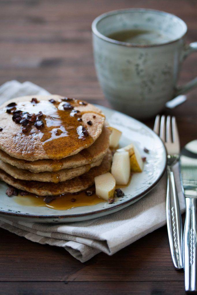 Fluffige Hafer-Hirse Pancakes - haushaltszuckerfrei, glutenfrei, ölfrei und rundum perfekt - vegan, hclf, high carb low fat http://homemade-deliciousness.net/fluffige-hafer-hirse-pancakes-haushaltszuckerfrei-glutenfrei-oelfrei-und-rundum-perfekt/