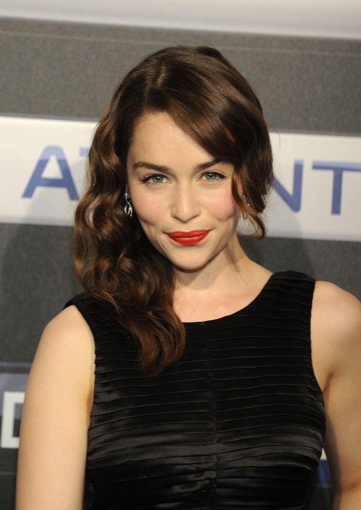 Emilia Clarke HD Desktop Wallpapers