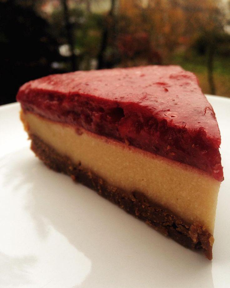 #cheesecake #vegan #cheesecakewanabe #testing #strawberrytop Testujeme cheesecake wanabe pro Mňam fest #cajovnadobris 🌿🍃🕊🍰🎂