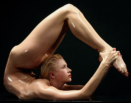 gymnastics asian naked circus jpg 1152x768