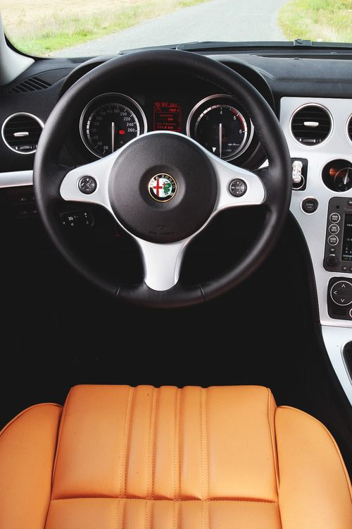 Alfa Romeo 159 Interior, brushed aluminum and butterscotch leather seats. Love it.