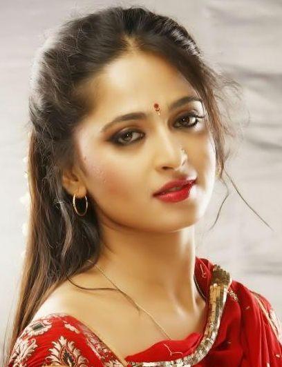 Anushka Shetty Hot photos and anushka sexy images. Anushka shetty sexy images, anushka hot pics, anushka Wallpapers, anushka picture, anushka hot, saree hot