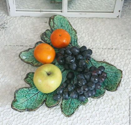 Тарелки ручной работы. Тарелка керамическая  Лист. Viktory-decor (ceramics)…