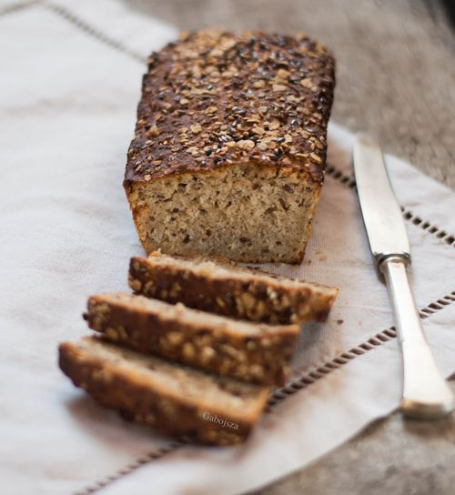 """""""Anya, ez isteni!..."""", avagy Gabojsza konyhája: Gyors zabpelyhes kenyér"""