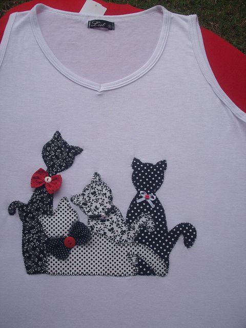 Camiseta Regata Gatos by *Sonhos e Retalhos*, via Flickr