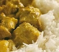 Cordero al curry con arroz basmati