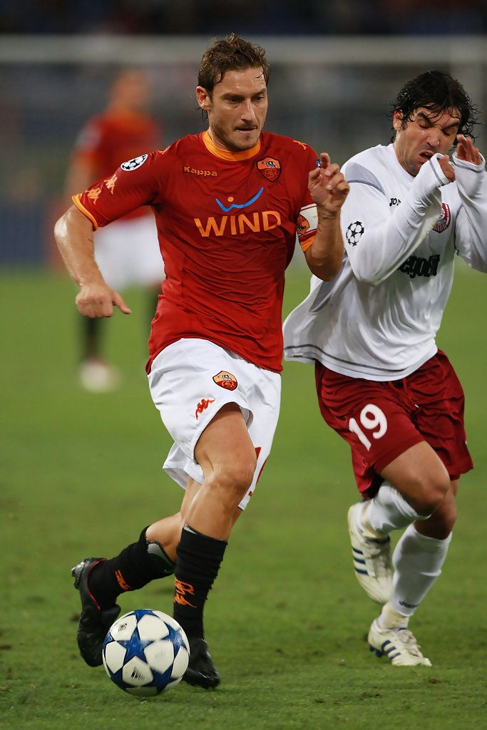 Francesco Totti Photos Photos: AS Roma v CFR Cluj - UEFA ...