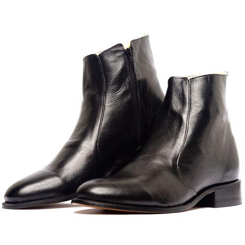 Black Classic Boot - couro liso