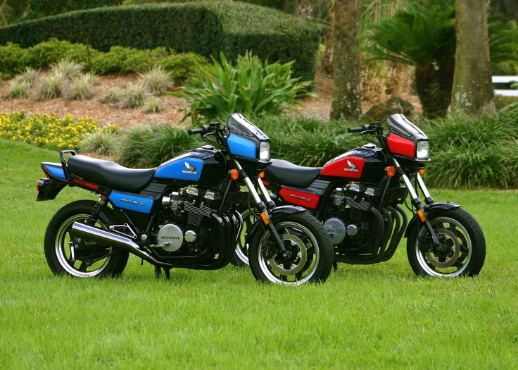 The 1984 Honda Nighthawk 700S. I had a blue and black one. It was a great city bike. Super quick and nimble. Eventually rode it from Miami to LA and back. Bad choice. That little fairing didn't do shit. Bought some horns in Texas and strapped them to the front. Nice touch. Great every day bike.
