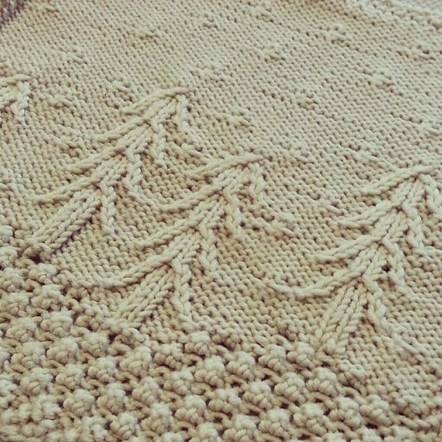 Ravelry: January Snow - Year of the Afghan 2015 pattern by Maggie Fangmann
