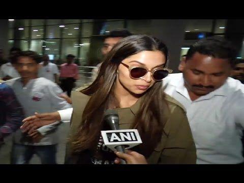 SPOTTED ! Deepika Padukone at Mumbai airport.