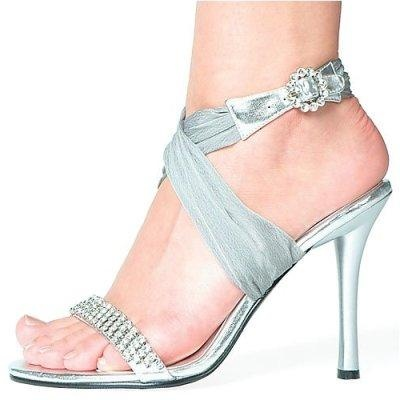 Wedding Shoes For Bride   Winter Chinese Wedding   Pinterest