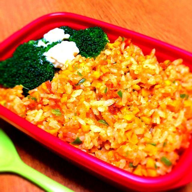 《明日のお弁当》 人参、ピーマン、トマト、高野豆腐で作りました☆ - 14件のもぐもぐ - ベジタブルドライカレー by ayayaman
